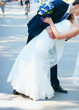 Свадебное платье, состояние отличное, А-силуэт, размер М-Л