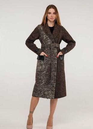 Пальто демисезонное шерстяное прямого силуэта