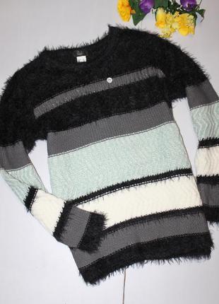 Классный свитер размер 42
