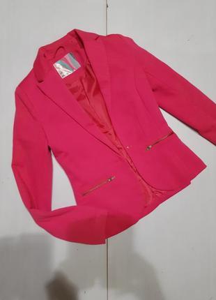 Трикотажный пиджак размер хс