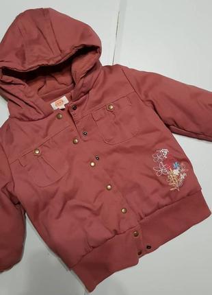 Куртка на девочеу 3-4 года