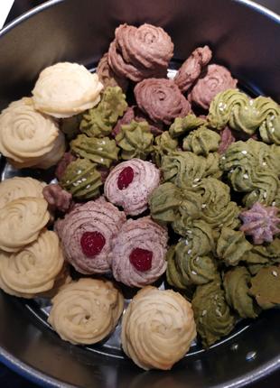Печенье, пряники, пастила, фрипсы, конфеты