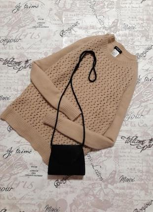 Шерстяной свитер ванильного цвета