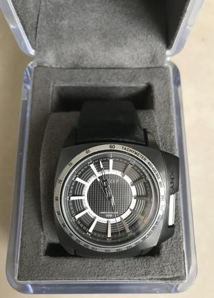 Часы наручные мужские фирменные дорогой бренд dkny