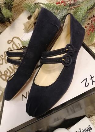 Замшевые туфли балетки nine west