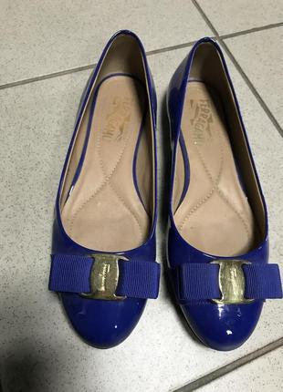 Туфли балетки кожаные фирменные дорогой бренд ferragamo размер...