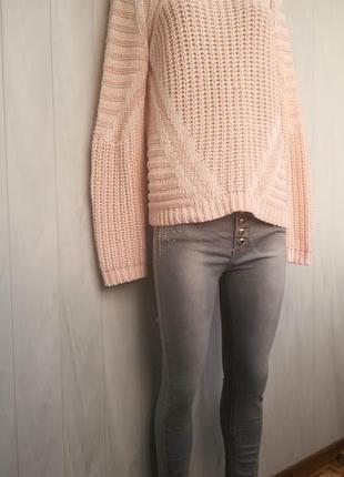 Комплект одежды .свитер+джинсы