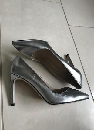 Туфли кожаные фирменные дорогой бренд hugo boss размер 37