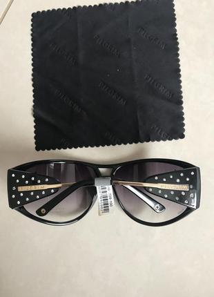 Очки солнцезащитные фирменные дорогой бренд pilgrim