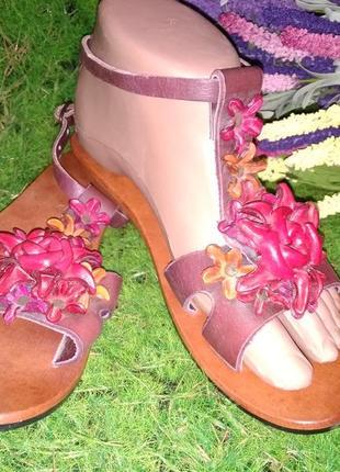 Босоножки сандалии натуральная кожа /дерево