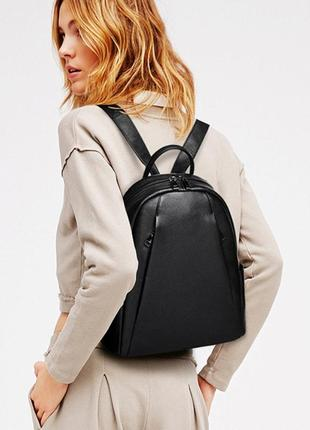 Рюкзак женский кожаный городской стильный. рюкзак из натуральн...