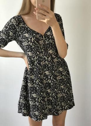 Платье мини чёрное белое в цветы бершка летнее свободное легкое