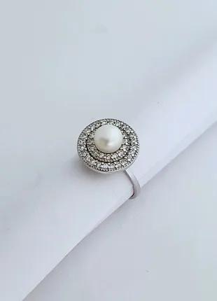 Серебряное кольцо с жемчугом 16 размер