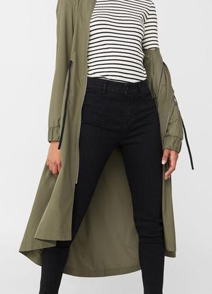 Модные черные джинсы с высокой посадкой размер с mango