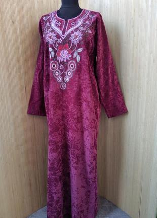 Длинное платье рубаха фактурный велюр с вышивкой / абая / галабея