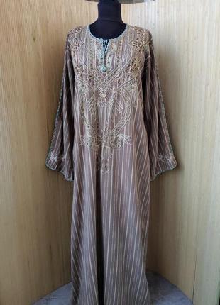 Длинное платье рубаха в полоску с вышивкой /абая / галабея
