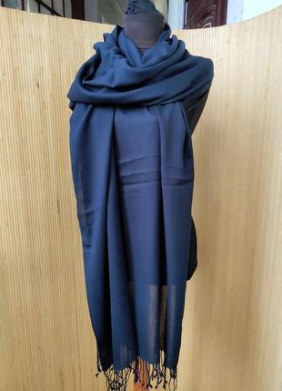 Широкий шарф палантин вискоза