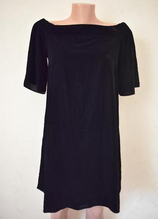 Красивое велюровое платье с открытыми плечами river island