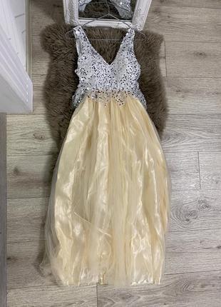 Платье в пол s