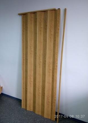 Двери-гармошка цвет светлый дуб, размер 60,70,80,90,100,110.