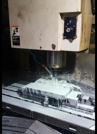 Производство пресс-форм для литья пластмасс,детали пресс форм