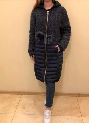 Пальто-пуховик из комбинированной ткани синего цвета smow secr...