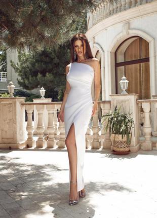 Очень красивое платье можно как свадебное