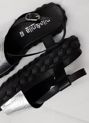 Босоножки серебро на черной подошве, nila&nila, италия
