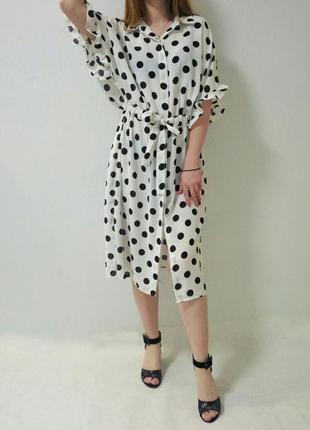 Платье в горох с воланами белого цвета италия