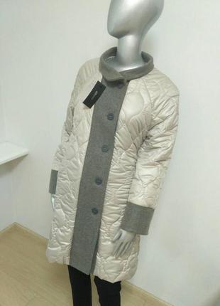 Пальто стеганое светло-серое с серойотделкой