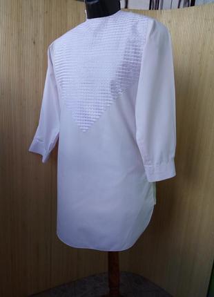 Нежно розовая рубашка вышиванка / джабадор