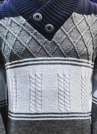 Мужской теплый свитер. 70% шерсти.