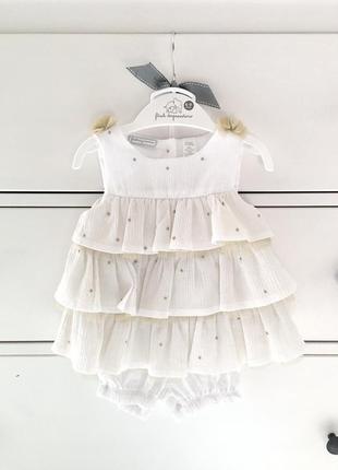 Нарядный комплект платье с шортиками first impressions для мал...