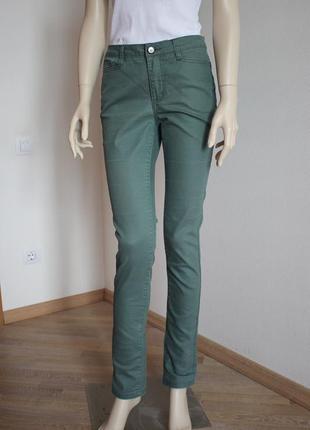 Распродажа!!! стильные прямые джинсы средняя посадка vero moda