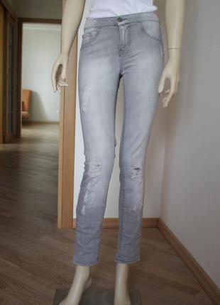 Прямые джинсы only