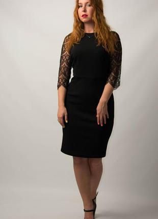 Платье женское с гипюровым рукавом трикотажное от бренда adele...