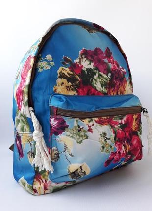 Стильный, красочный женский рюкзак