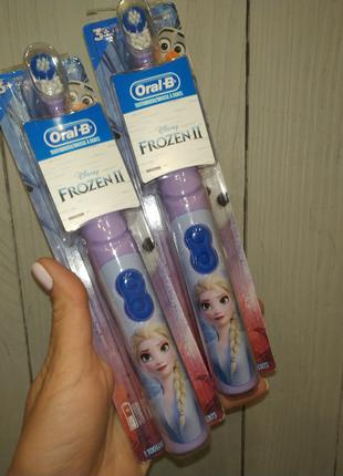 Все в наличии!!Электрические зубные щетки oral-b