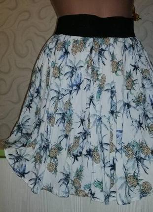 Легкая юбка с принтом ананас