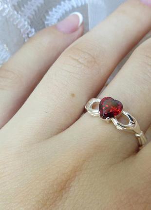 Кладдахское кольцо с сердцем