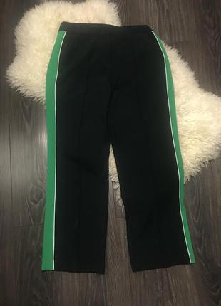 Темно зелёные брюки с лампасами