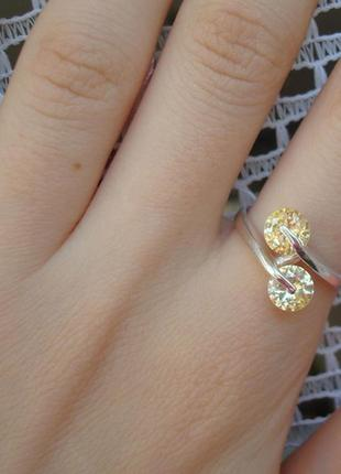 Кольцо вертушки с камнями