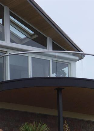Балкон з Округленими Стінкою Торцевий Частини