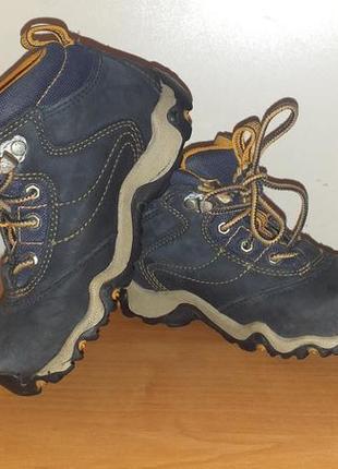 Ботиночки деми оригинал из америки 27 размер