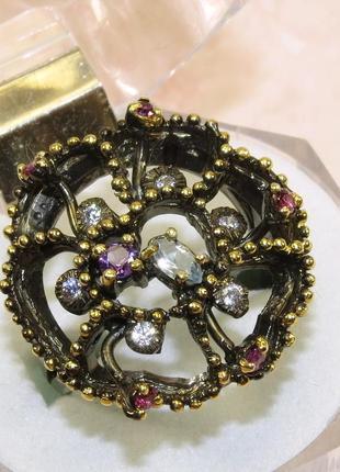 Кольцо с голубым топазом, серебро 925, р.18,2