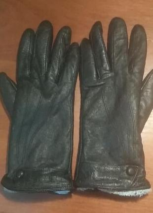 Перчатки женские кожаные на меху
