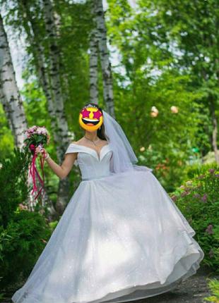 Свадебное платье блестящее пышное сияющее глиттер