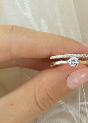 Кольцо с камнем двойное