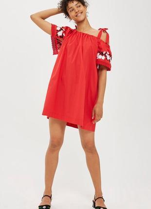 Красивое красное платье сарафан с вышивкой topshop хлопок индия.