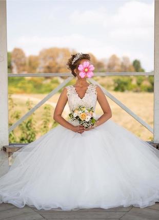 Свадебное платье , весільна сукня  + в подарок кольца и атласн...